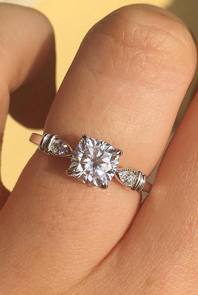Inspirational Tips That We Love Weddingringsquare In 2020 Wedding Rings Engagement Alternative Wedding Rings Engagement Diamond Alternative Wedding Ring