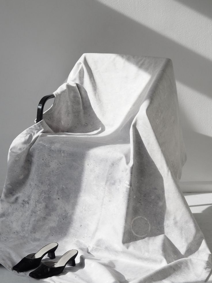 the 'concrete' blanket by Aetelier
