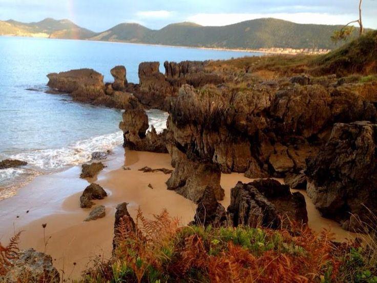 Playas que impresionan en #Noja @cant_infinita http://www.vero4travel.com/2014/10/paseo-de-la-costa-noja.html… #Cantabria