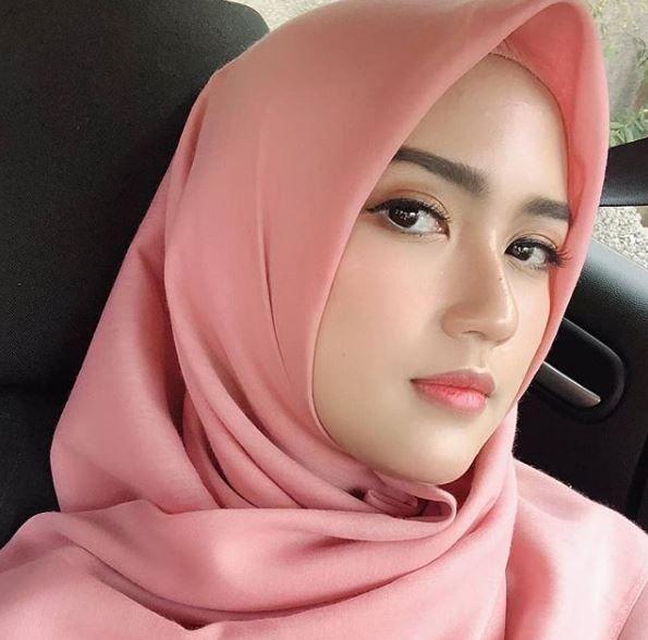 Gadis Impian Hijabers Islamic Wanita Kecantikan Wanita Cantik