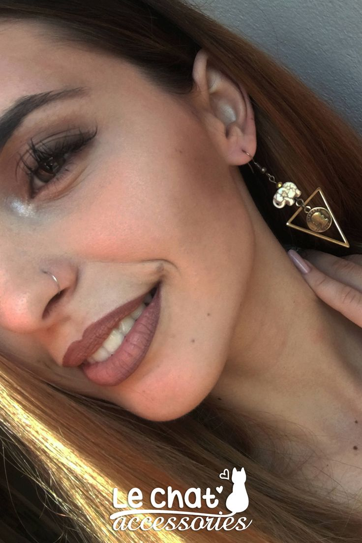 Excited to share the latest addition to my #etsy shop: Geometric triangle earrings with elephants and coins http://etsy.me/2ADABqo #jewelry #earrings #bronze #triangle #geometric #yes #minimalist #triangleearrings #elephantearrings
