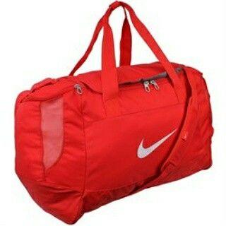 nike spor çantası