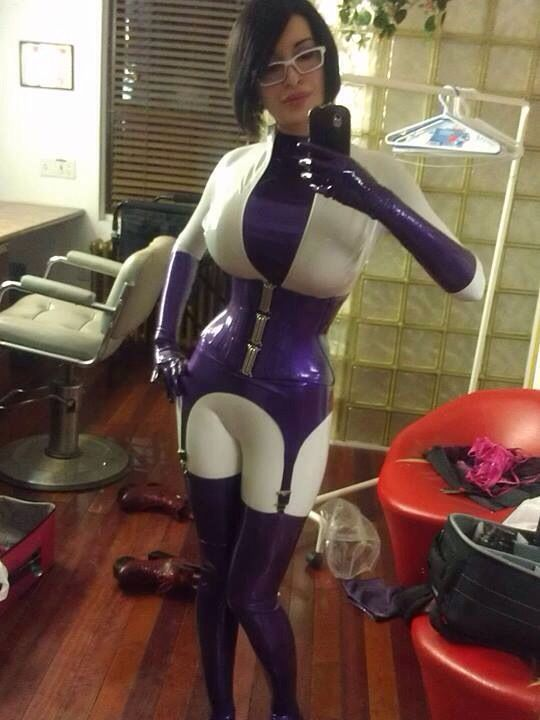 Latex outfit