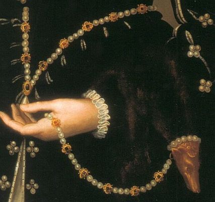 17 best images about z fur flea on pinterest pearls for Mary queen of scots replica jewelry