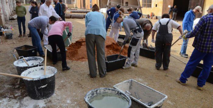 Dobrodružství vápna a písku v klášteře >>> https://plzen.cz/dobrodruzstvi-vapna-a-pisku-v-klastere/    #Letní #škola #památkové #technologie v #klášteře #Plasy