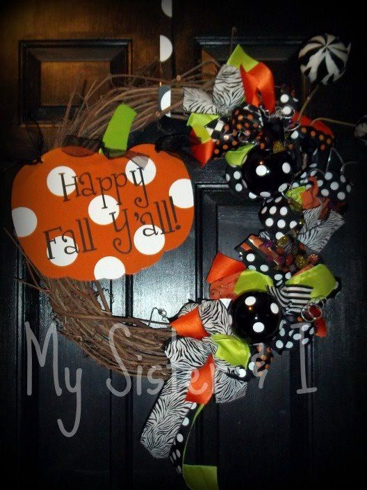 cute wreaths/outdoor decor in this shop to DIY