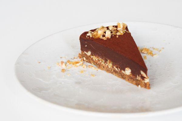 Chocolate truffel cake with crunch