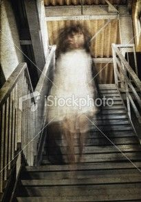 """Nice collection of """"real"""" ghost photos."""