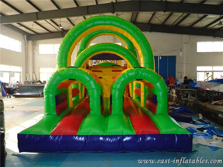 https://www.east-inflable.com/c/005.html Patio inflable, obstáculo Challenge juego
