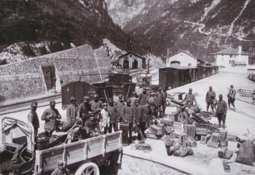 Chiusaforte - I guerra mondiale - scarico materiali