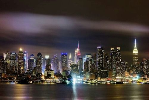 In love with this view of Manhattan by 8th rule photography - New York City Feelings
