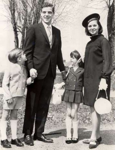 A young George Clooney, left, with dad Nick, sister Ada and mother Nina, 1967. He looks so much like his dad.