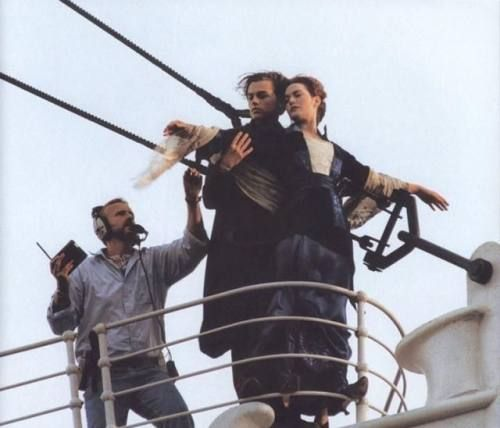Kate Winslet & Leonardo DiCaprio + James Cameron, Behind the scenes of Titanic (1997)James Of Arci, Film, Titanic, Funny Pictures, Kate Winslet, Scene, Movie, Leonardo Dicaprio, Romantic Moments