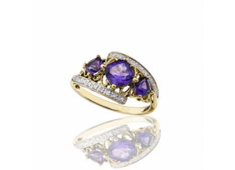 CUSHION CUT AMETHYST AND DIAMOND RING