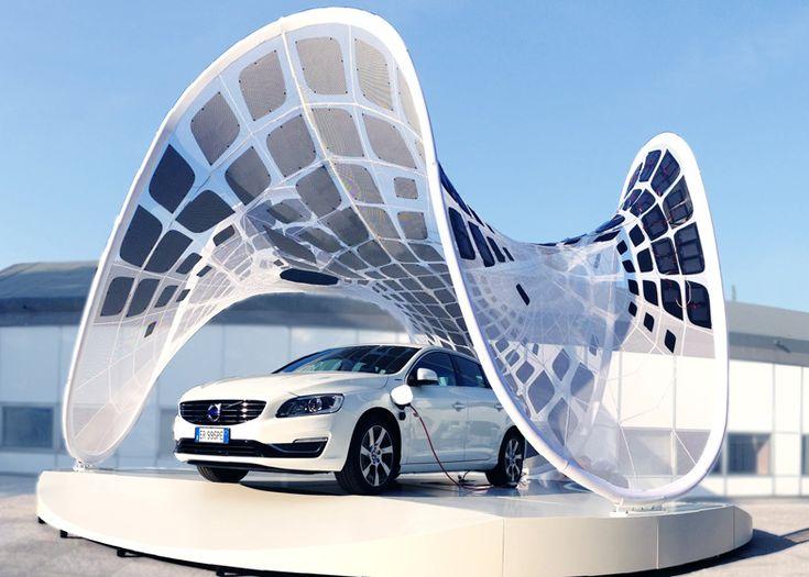 pavillon solaire imaginé par Volvo pour recharger les batteries de ses voitures électriques.