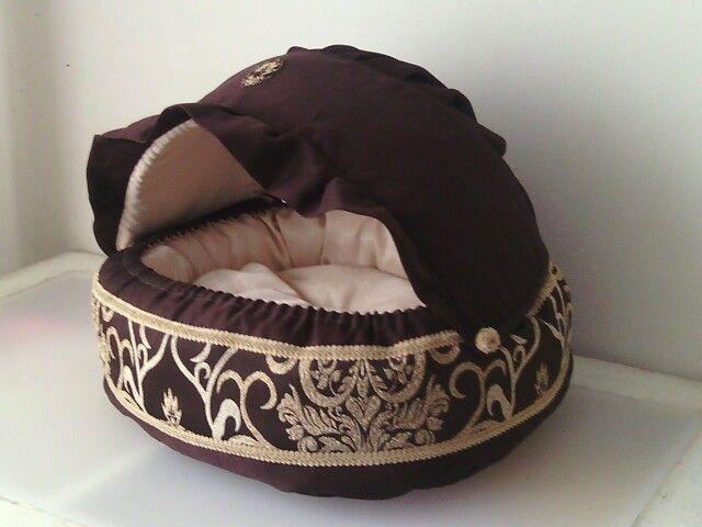 Лежанка ( домик ) для кошек и маленьких собак