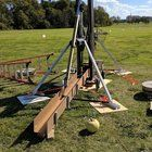 Dallas Makerspace built an all steel 1 ton floating arm Trebuchet