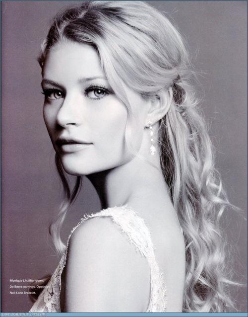 Emilie De Ravin; flawless.