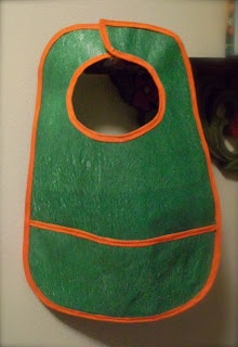 Homemade Mamas: Baby Bibs from recycled plastic bags