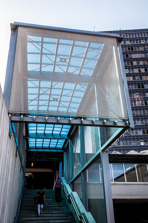 """HAVER Architectural mesh facade at the railway station """"Økern T-Bane ..."""