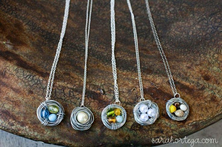 Sarah Ortega: diy {bird nest necklace}: Crafts Ideas, Necklaces Tutorials, Mothers Day, Diy Necklaces, Gift Ideas, Diy Birds, Jewelry, Christmas Gift, Birds Nests Necklaces