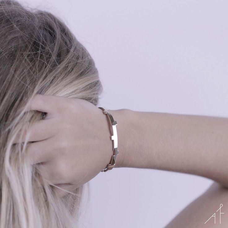 Minimalism is an appreciation of space. #afewjewels #legoo #bracelet #fashion #style #amazing #minimalism #gold #design #designer #legoobracelet #space #instamood #instagood #beautiful #appreciation #morning #goodmorning #moda #fashionista #instafashion #afew #photooftheday #picoftheday