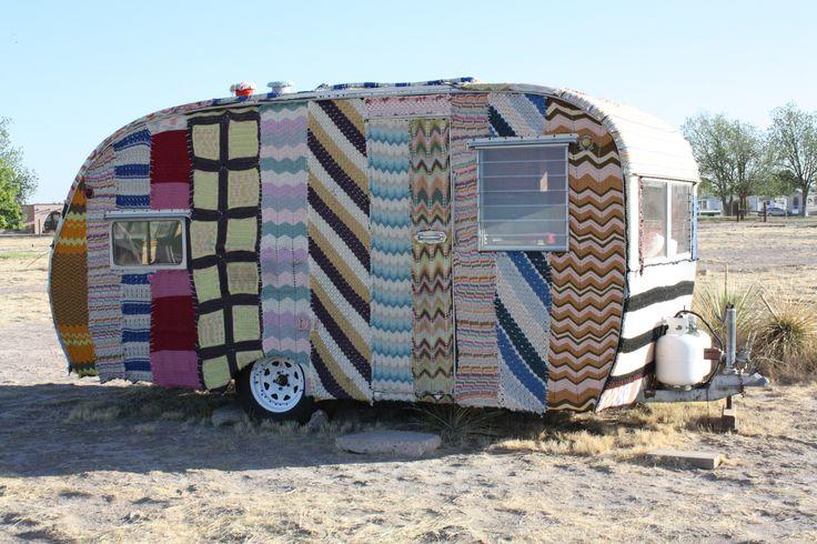 #Marfa #Texas #RoadTrip: Marfa Texas, Campers Vans, Vintage Trailers, Cozy Campers, Travel Trailers, Roads Trips, Yarns Bombs, Happy Campers, Texas Roadtrip