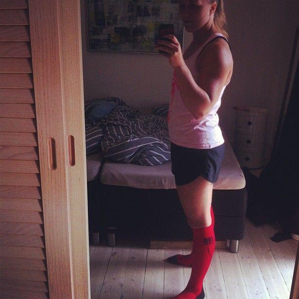 Klar til to timers olympisk vægtløftning  #icaniwill #gohardorgohome #staystrong #crossfitgirls #crossfit #fitgirlslift #fitgirls #nopainnogain - http://www.girlsworkhard.com/klar-til-to-timers-olympisk-vaegtloftning-icaniwill-gohardorgohome-staystrong-crossfitgirls-crossfit-fitgirlslift-fitgirls-nopainnogain/