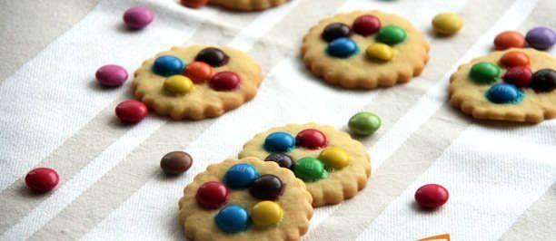 Biscotti con le smarties e le M&M's | Ricette della Nonna