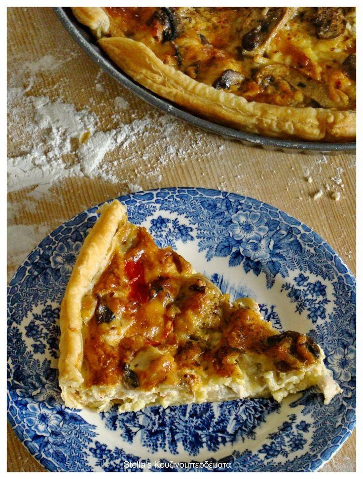 Stella's Κουζινομπερδέματα: Τάρτα με Κότα, Φρέσκα Μανιτάρια και Κόκκινη Πιπεριά Φλωρίνης