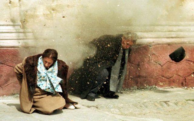"""Un general rupe tăcerea! Ce s-a întâmplat înainte de execuția Elenei Ceaușescu: """"Când au pus-o lângă zid…"""" – Extra News"""