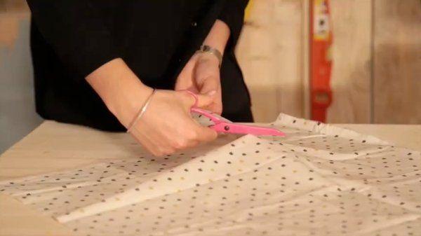 diy fabriquer un tour de lit pour b b couture b b. Black Bedroom Furniture Sets. Home Design Ideas