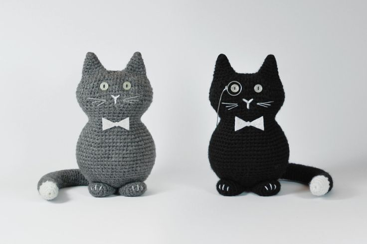 """Mr. Key"" cat amigurumi crochet toy, great for birthday gift or baby shower. Created by ""Hedgehog - Amigurumi & Crafts""."