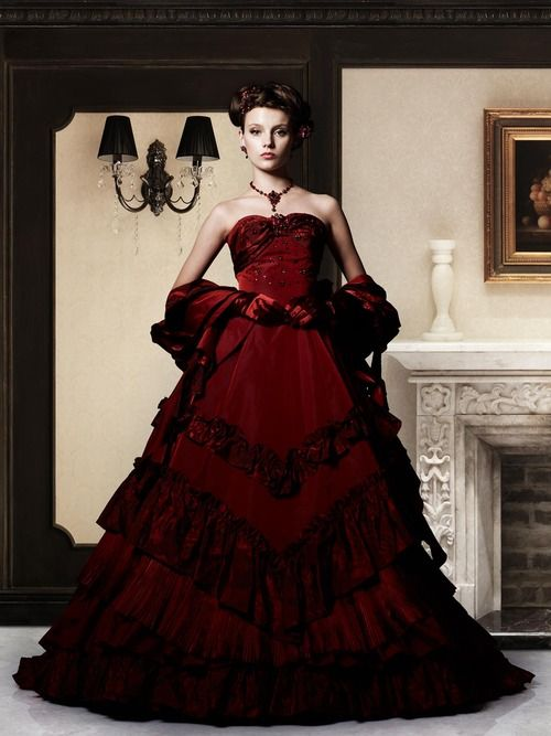 32 best weddings images on Pinterest | Wedding frocks, Bridal gowns ...