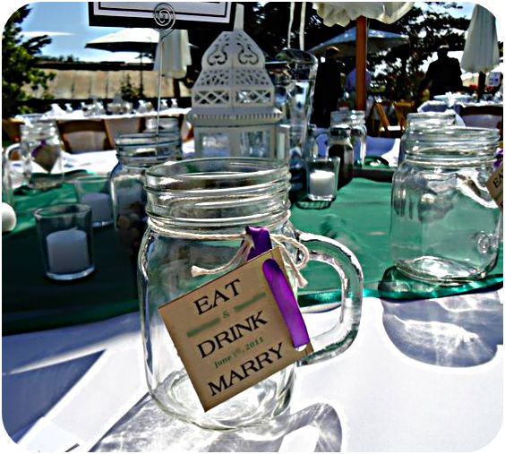 love this idea for wedding favors. I am just obsessed with mason jars!