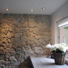 Het mediterrane huis met robuuste muurstenen van Natuursteen