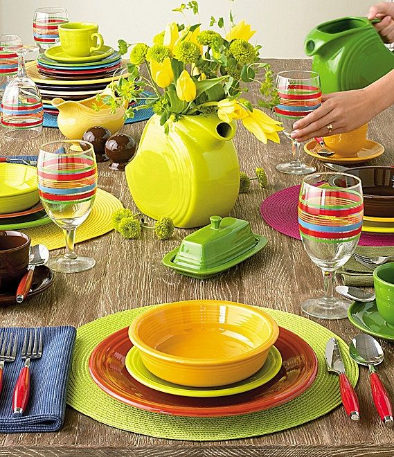 fiestaware table - need the goblets and LOVE the flowers in the pitcher!