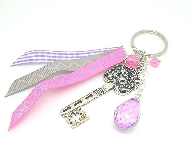 """Porte clés ou bijou de sac """"Princesse bling bling"""" mauve et rose : Porte clés par boucles-d-eden"""