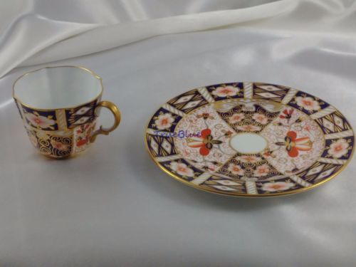 1914-Royal-Crown-Derby-2451-IMARI-2-Demi-Tasse-Cups-7-Plate-Top-Quality-Gold