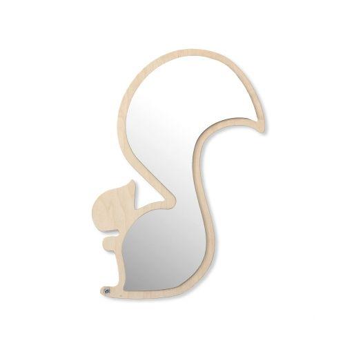 Zjawiskowe lustra dekoracyjne do pokoju dziecięcego. Kotki, wiewiórki, wielorybki... który motyw lubisz najbardziej? Dekoracja wykonana ze grubej sklejki w pięknym kształcie. Duży atut stanowi proces produkcji - cięcie pozostawiające jasne i równe krawędzie. Lustro użyte przy produkcji to w rzeczywistości dekoracyjna plexa. Lustro takie jest nietłukące! Tak więc bezpieczne jako dekoracja w pokoju malucha ciekawego świata.