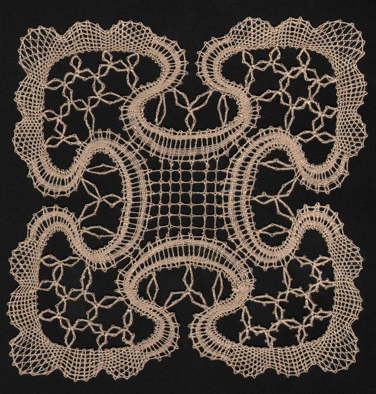 "from Doris Southard's book ""Lessons in Bobbin lace making""  by Mark, aka Tatman:  http://www.tat-man.net"