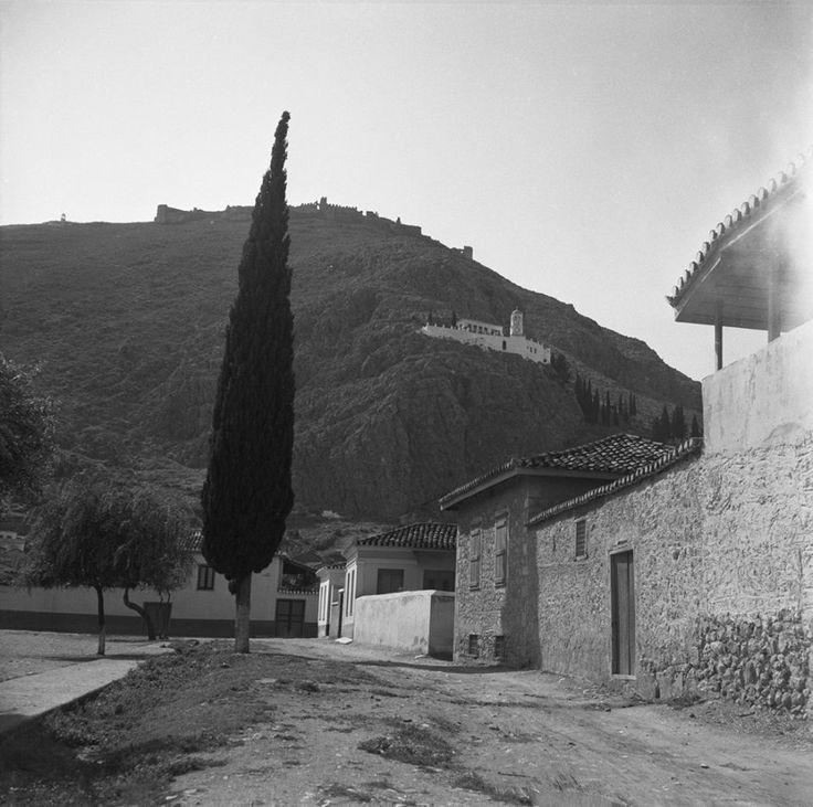 Walter Schröder Άργος, το κάστρο Λάρισα και το Μοναστήρι της Παναγίας της Κατακεκρυμμένης, 1950-1970