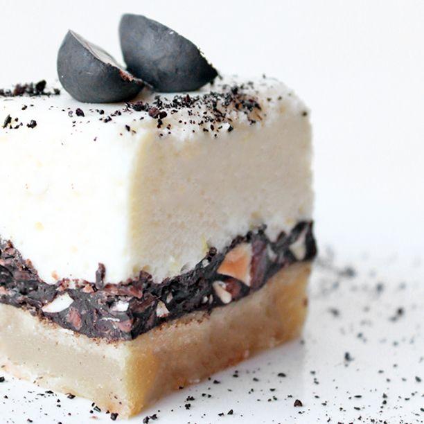 /marcipankage-med-citronmousse-lakridsmandler-og-chokolade/http://www.madsymfonien.dk