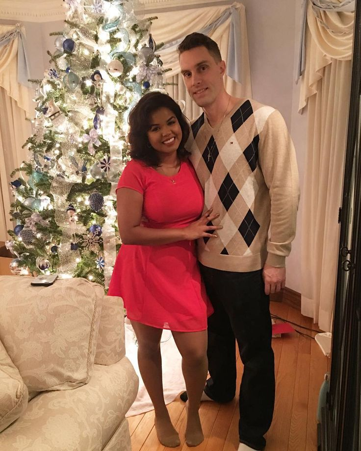 It's the most wonderful time of the year.. . . . #christmas #2017 #interracialcouple #love #soulmate #myeverything #merrychristmas #couplegoals #Love #WMBW #BWWM Find your #InterracialMatch Here interracial-dating-sites.com Toronto, Ontario