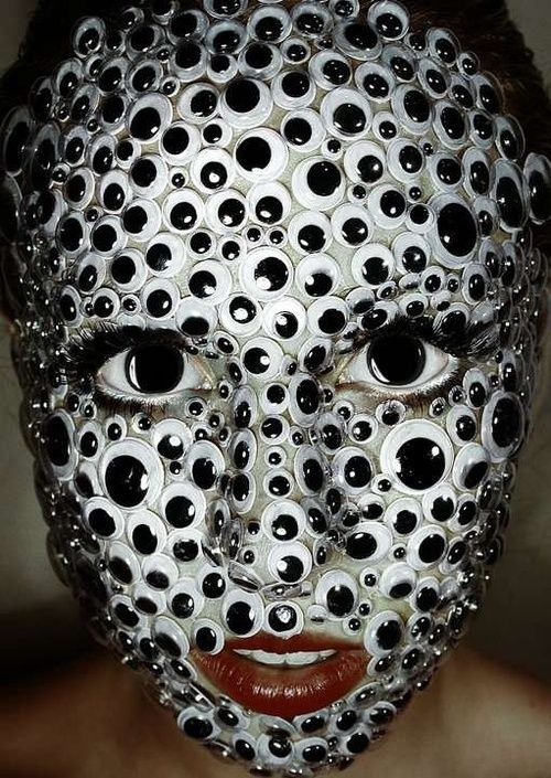 A face covered in googly eyes [trigger] - Imgur