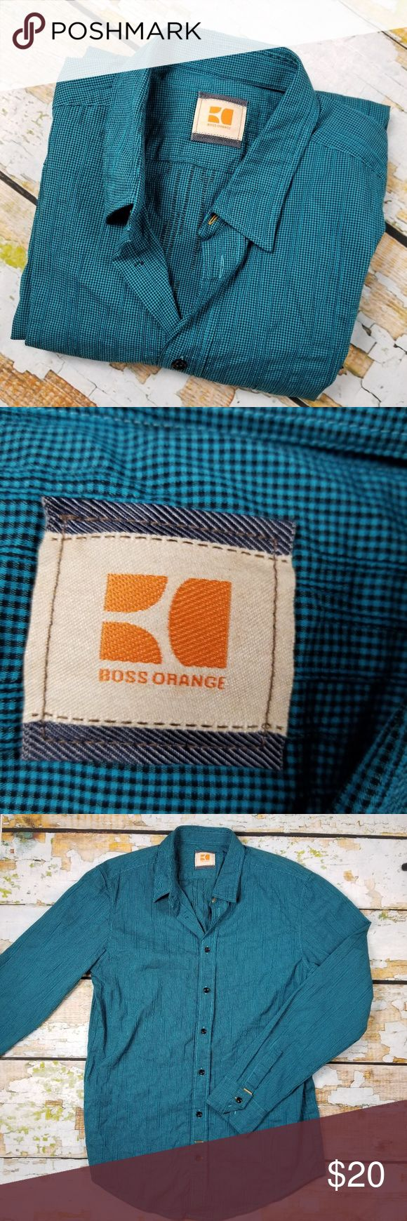 "Boss Orange size L Men's dress shirt button down Length:28"" Armpit to armpit:20"" All of my items are from smoke and pet free household Please feel free leave me any questions about my items BOSS ORANGE Shirts Dress Shirts"