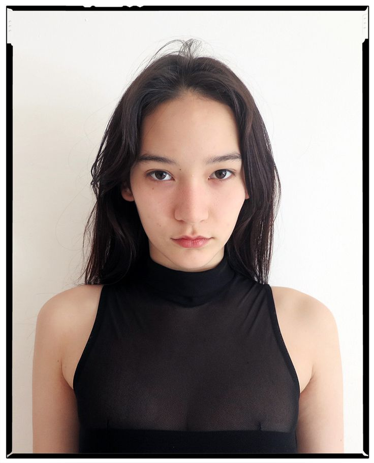 Half Japanese, half American model Mona Matsuoka walked in a number of high profile runway shows including Chanel, Miu Miu and Yohji Yamamoto, among others. Her facial features have a balanced and pleasantly mild aesthetic, reminding me of Tao Okamoto.