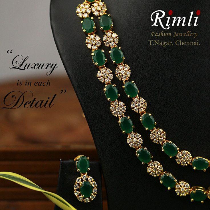 Zircon Necklace Set... . Find your perfect accessories at Rimli Boutique, T Nagar, Chennai.. #indianjewellery #statementnecklace #jewelleryforsaree #indianweddingjewellery #diamondnecklace #semipreciousjewellery
