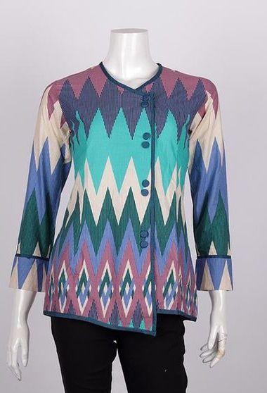 Model Baju Batik Atasan  ad0a22203f