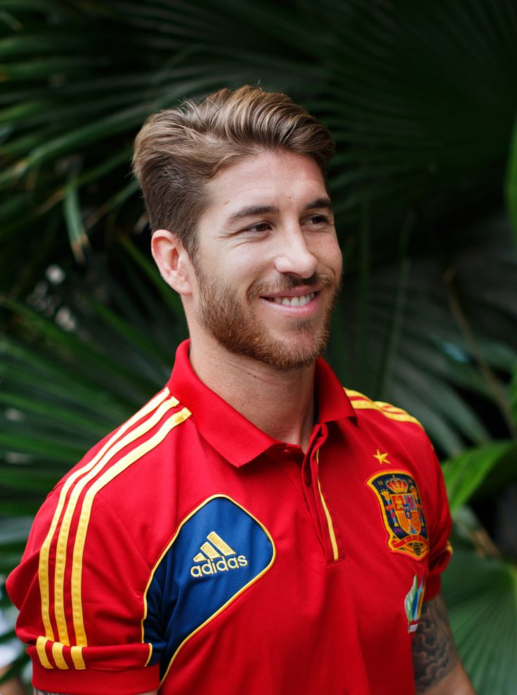 Sergio Ramos Photos Photos - Sergio Ramos of Spain leaves a press conference ahead of their FIFA Confederations Cup Brazil 2013 semi final game against Italy on June 25, 2013 in Fortaleza, Brazil. - Spain Training Session